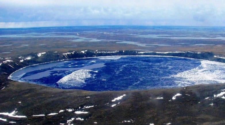 Impact Craters to Visit: Featured Image of Pingualuit Crater