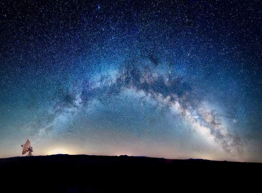 Stargazing in New Mexico - Very Large Array - Diana Robinson via Flickr
