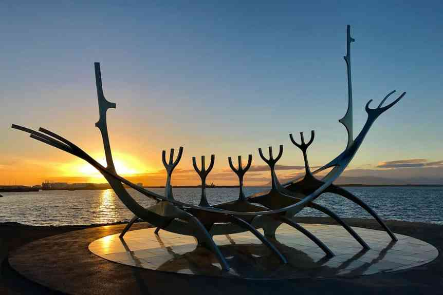 Summer Solstice in Reykjavik - O Palsson via Flickr