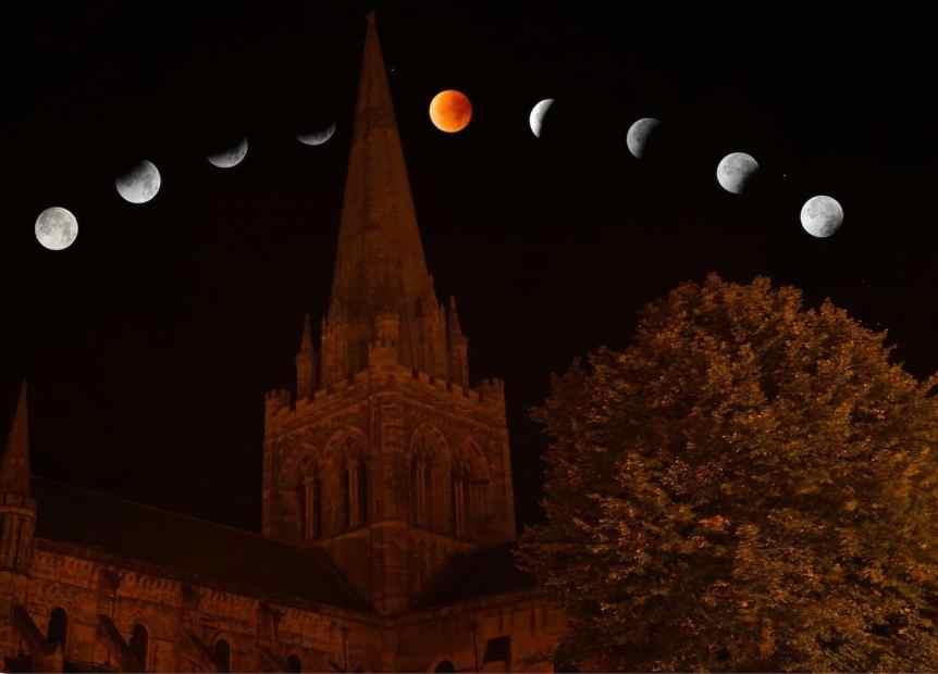 2019 Lunar Eclipse - Lunar Eclipse over Tower