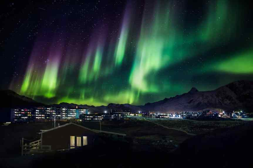 Northern Lights in Greenland - Mads Pihl - Visit Greenland 3