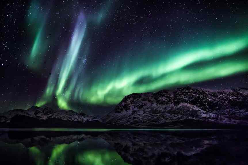Northern Lights in Greenland - Mads Pihl - Visit Greenland 4