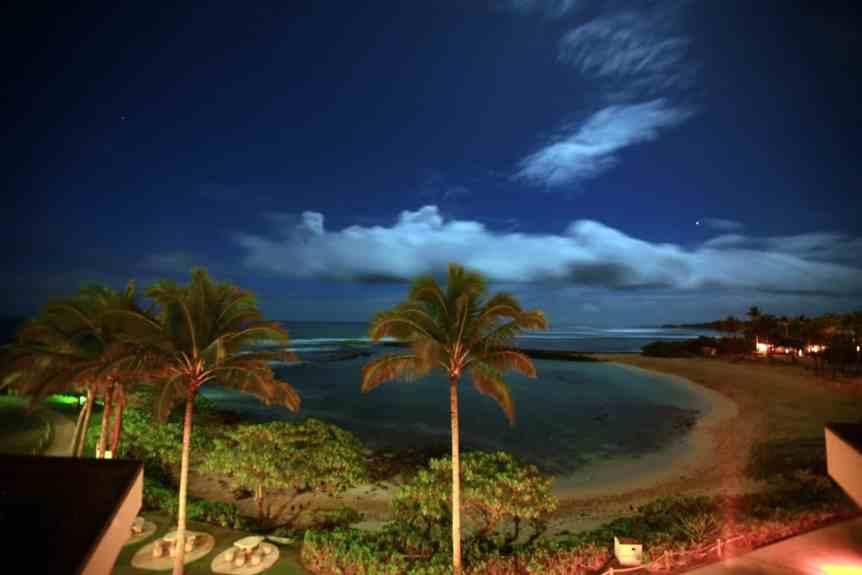 Stargazing near Honolulu - Turtle Bay - LASZLO ILYES via Flickr