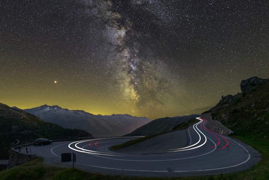 Night Sky - Milky Way & Mars - Lukas Schlagenhauf via Flickr