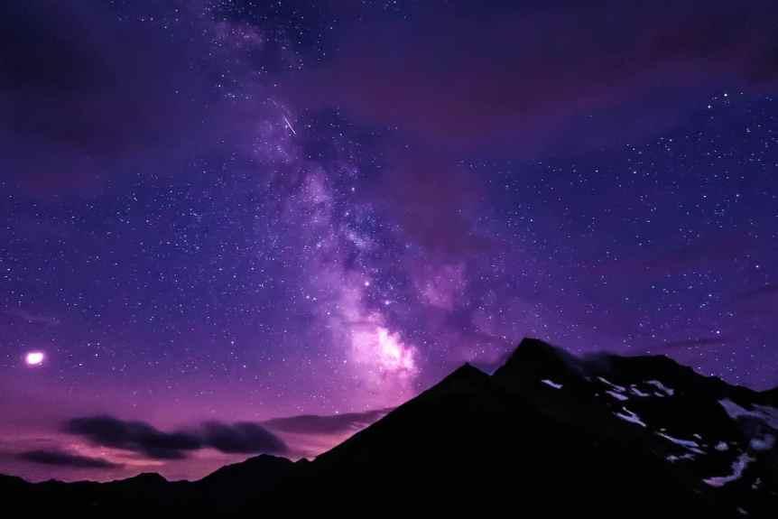 Night Sky in January - Mars & Moon - Markus Riedl via Flickr