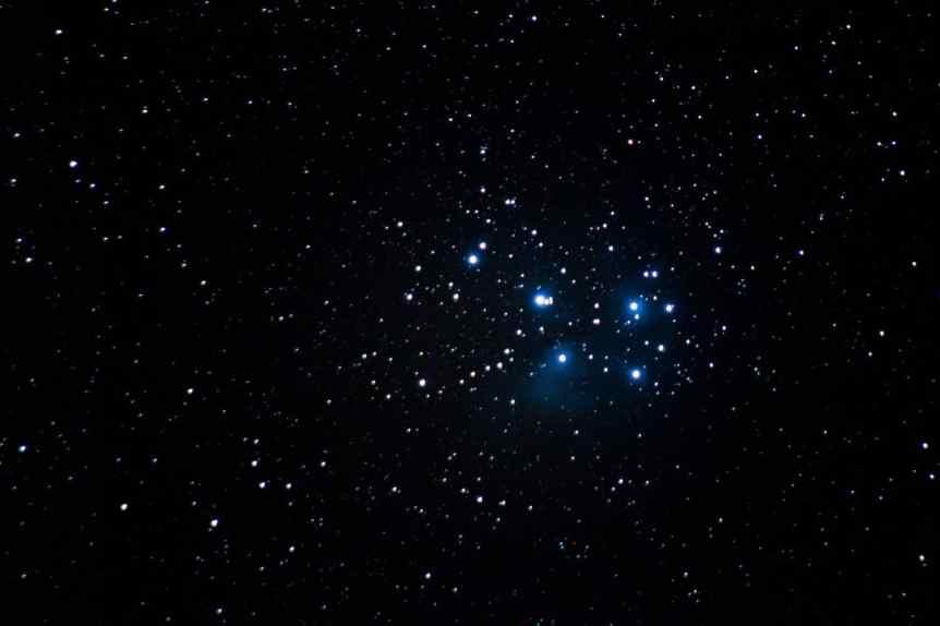 April Night Sky - Pleiades Star Cluster - M45 - Gytizzz via Flickr