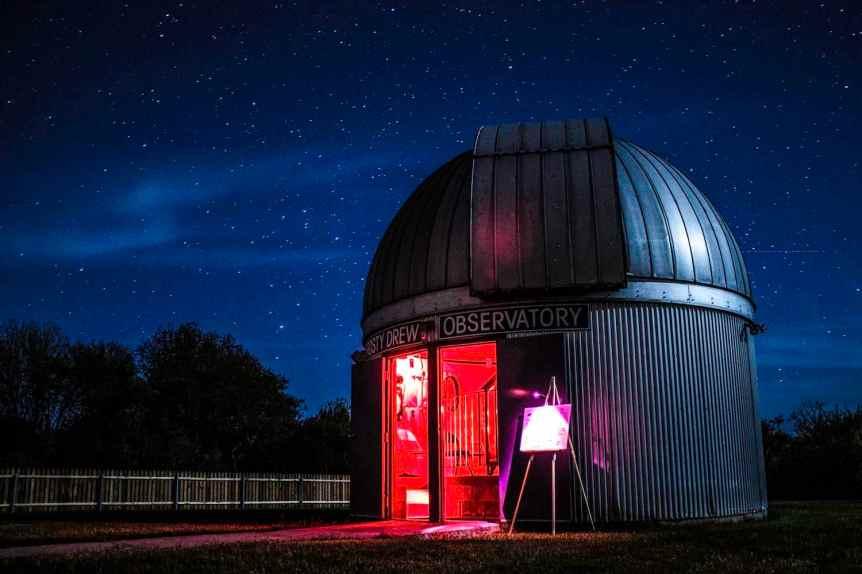 Stargazing near Boston - Frosty Drew - Robert Izzi via Flickr