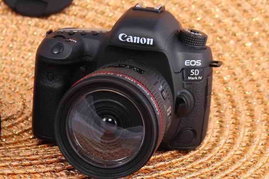 Best Astrophotography Cameras - Canon 5D Mark iv