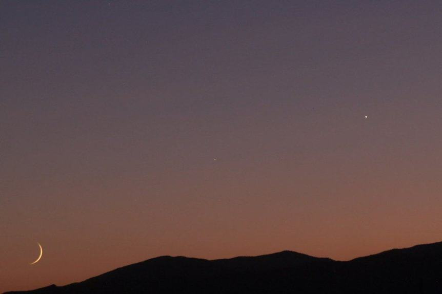 Mercury, Mars & Moon - Raymond Shobe via Flickr