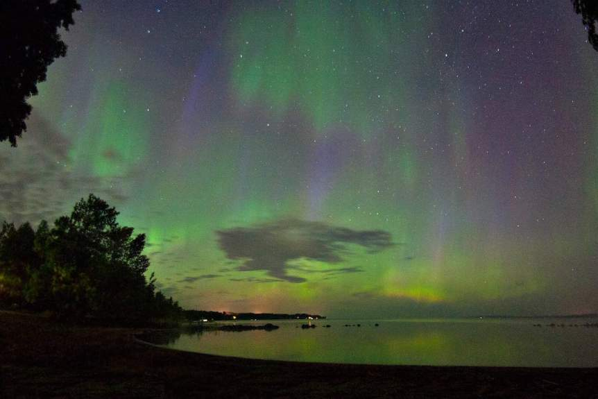 Northern Lights in Canada - Ontario - Northern Lights Graffiti via Flickr
