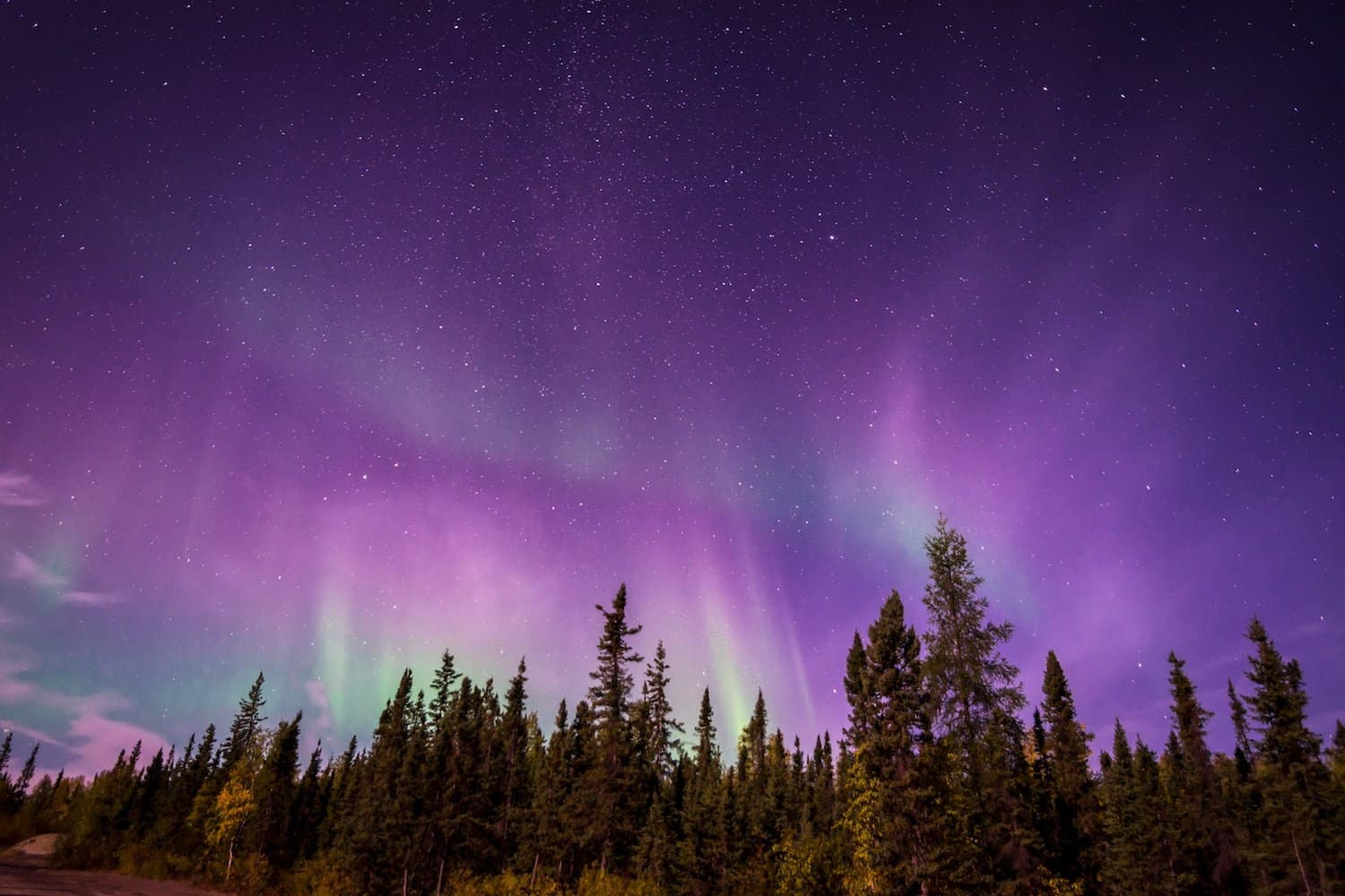 29 Best Places to See the Northern Lights in Canada