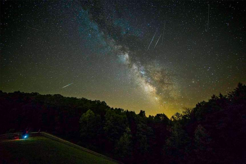 Stargazing near Cincinnati - Aaron Shirk via Flickr