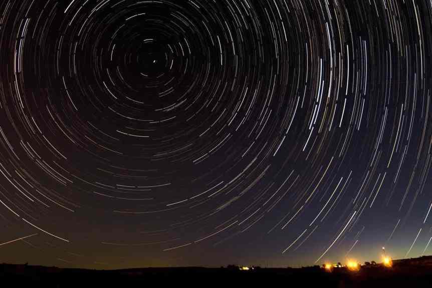 Stargazing in Texas - Terry Presley via Flickr 3