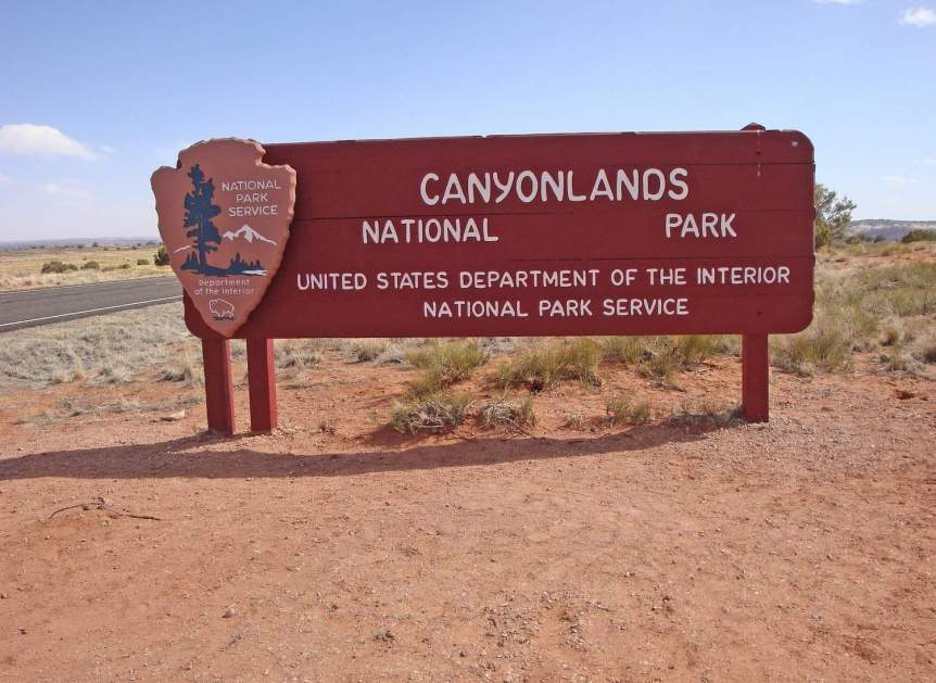 Canyonlands Stargazing - Sign