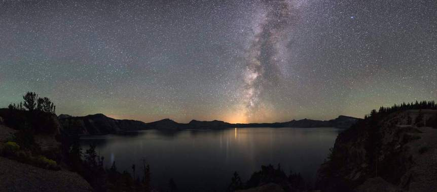 Best National Parks for Stargazing - Crater Lake - Jeremy M. White for NPS
