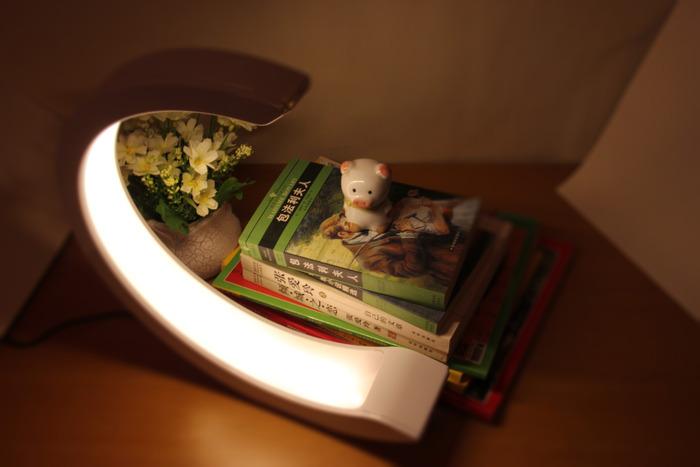 """Featured image for """"IndieKicks #105 ~ 3 chytré svietidlá, ktoré z teba spravia Pána svetla"""""""