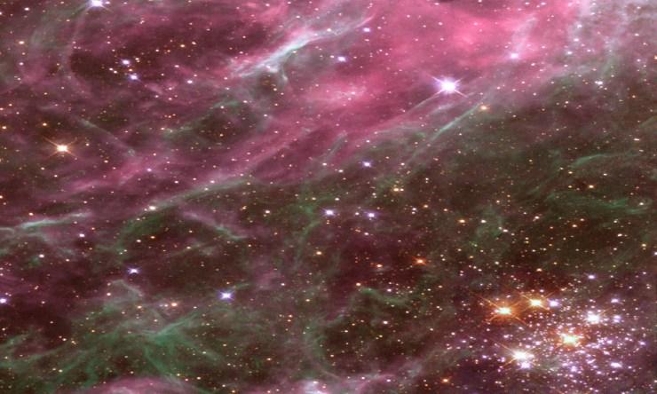 Tarantular Galaxy Star Cluster Spectroscopy Through Cosmic Gas