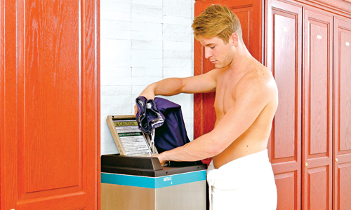 The SUITMATE® Swimsuit Water Extractor