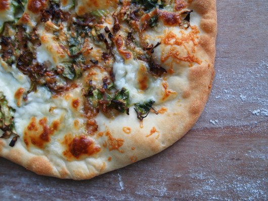 pizza bianca brassica