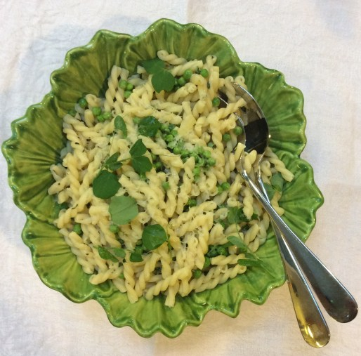 Pasta with peas and pea shoots