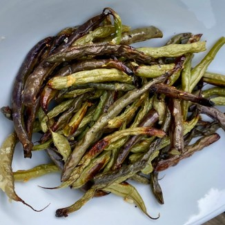 Oven Roasted Green Beans with Garlic and Olive Oil
