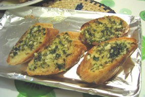 visitors_photos_jo_extra_garlic_bread