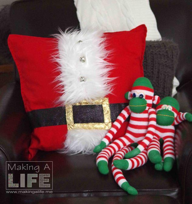santa-pillow-3_making-a-life