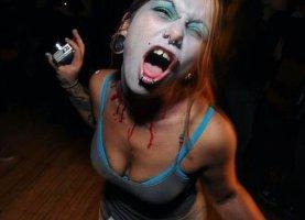 sexy-zombie-girl
