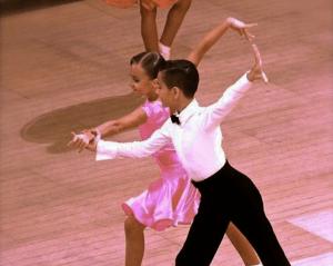 Dansuri pentru copii (1)