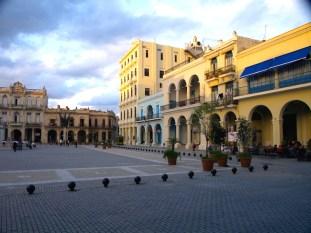 Plaza Vieja, Habana, Cuba