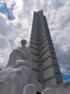 Plaza de la revolucion estatua de martí