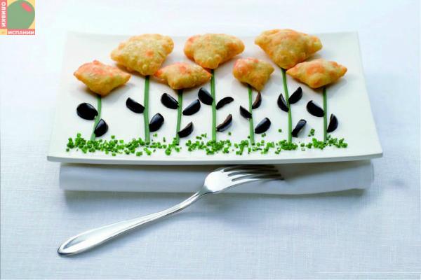 Для детей: мясные пирожки с оливками
