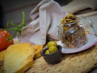Оливки и маслины c маринованными огурчиками, укропом и сельдью