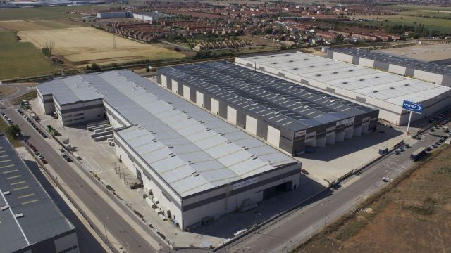 Spain's logistics property sector continues booming.