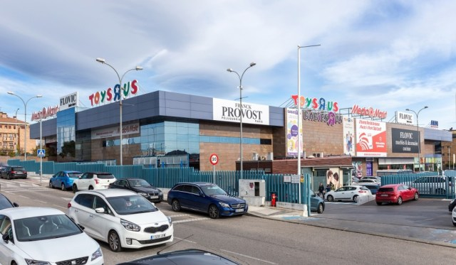 ORES pays €31M for Millenium retail park.
