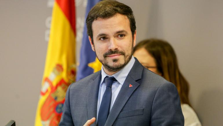 Alberto Garzón 902