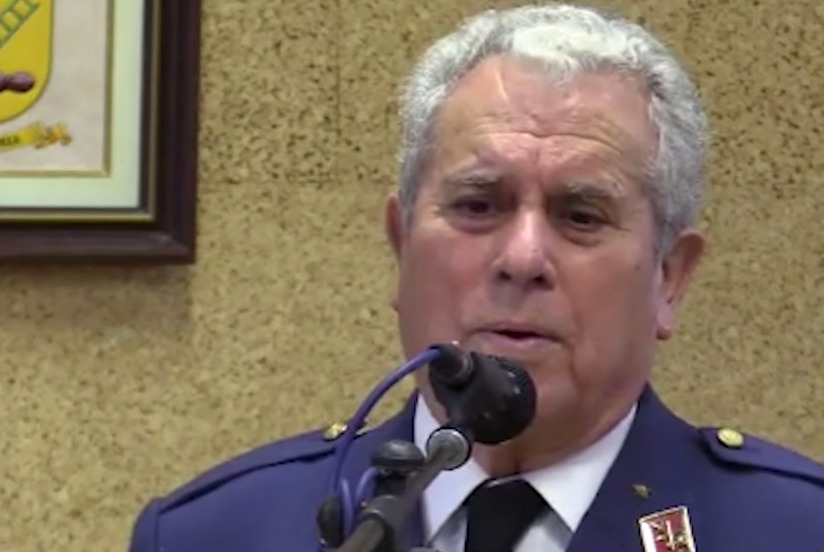 ¿Quién es Francisco Beca, el general jubilado que quiere fusilar a 26 millones de personas?