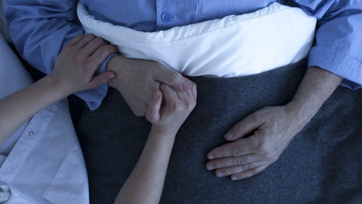 La importancia de las buenas prácticas para atender a los pacientes al final de la vida