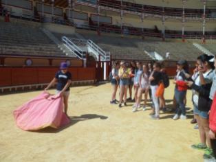 visitando la plaza de toros