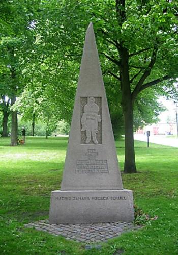 Spaniensmonumentet i Churchillparken, København, hvor Villy Fuglsang i 1999 holdt en mindetale