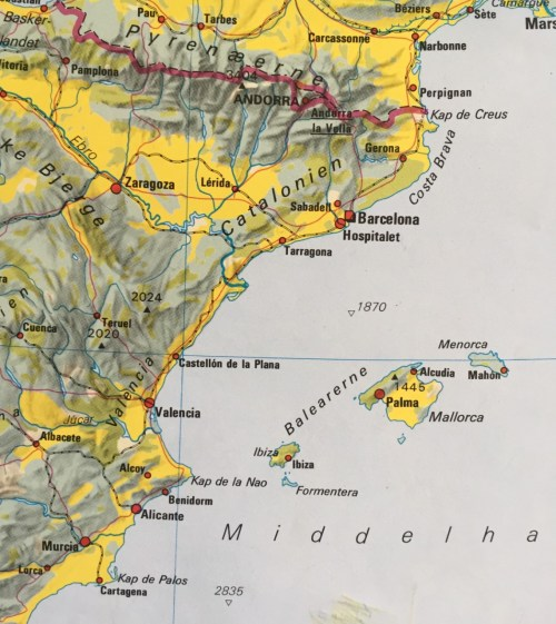 Denia ligger lidt vest for Kap de la Nao ud mod kysten. Fascisterne beherskede vandene mellem Balearerne og fra Castellón op mod Tarragona
