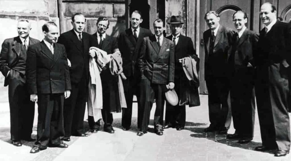Besættelsen og befrielsen: 9. 9. Danmarks Frihedsråd dannes 16. september 1943: Frihedsrådet fotograferet i foråret 1945