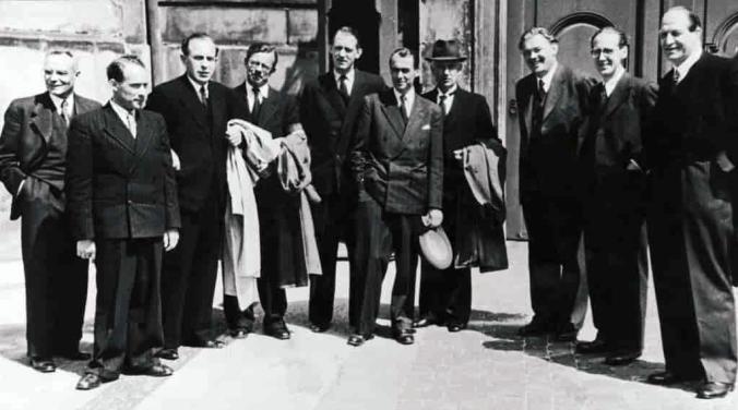 Die dänische Besetzung und Befreiung: 9. Der Dänische Freiheitsrat wird gebildet 16. September 1943: Freiheitsrat, fotografiert im Frühjahr 1945