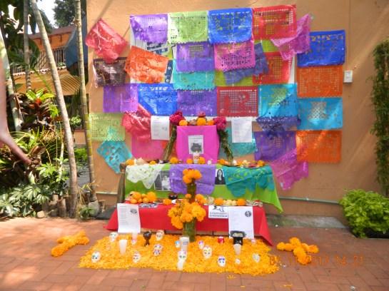 DIA DE MUERTOS EN UNIVERSIDAD INTERNACIONAL