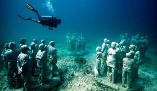 Onder water naar een museum -3