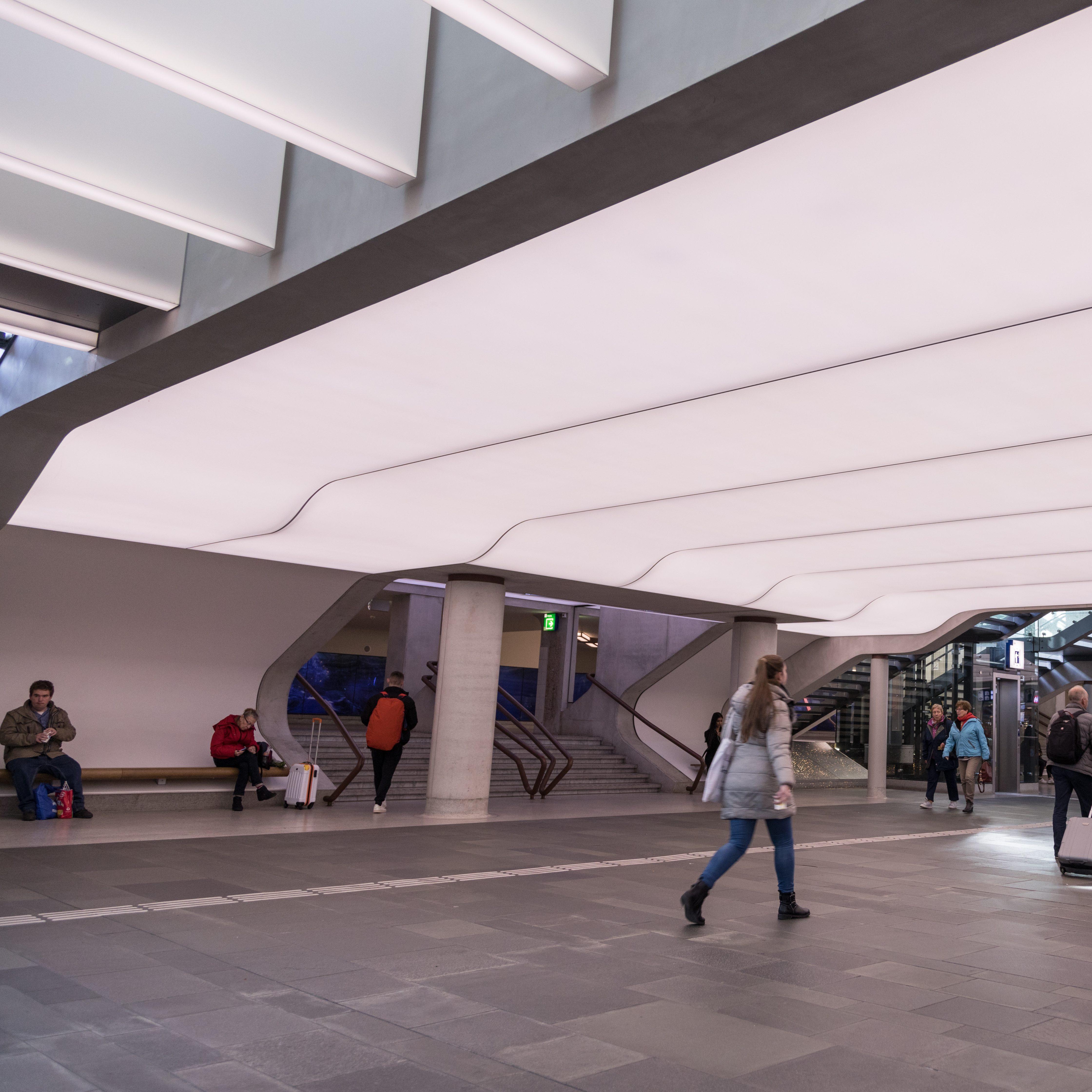 Station Eindhoven akoestisch spanplafond