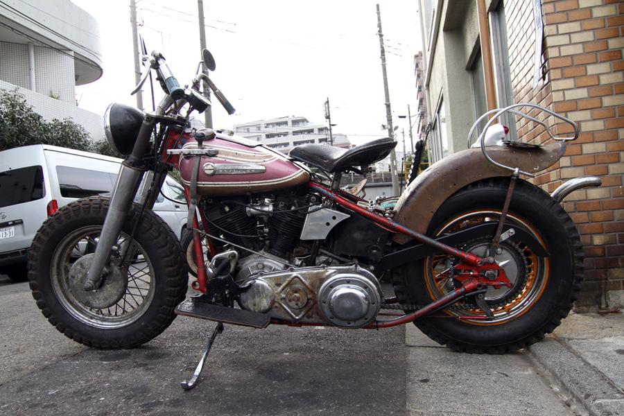 Hawg Holic Motorcycles :: via Sparetime