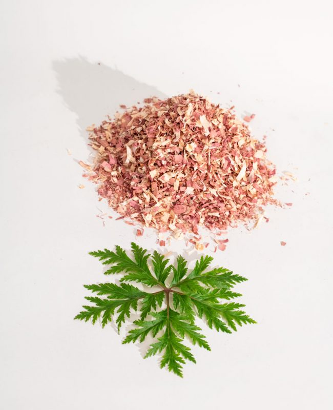 SHOT_02_GERANIUM_CEDARWOOD_004_new_2 2