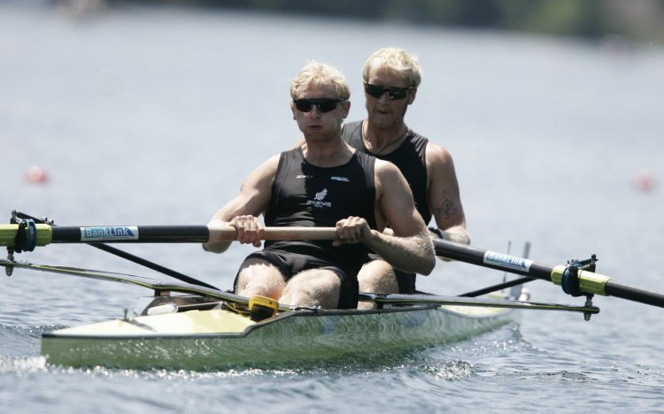 Triple world champions Eric Murray and Hamish Bond made it four wins in four years at the World Cup regatta in Lucerne on a day when New Zealand's rowing team won one gold, three silver and one bronze medals.