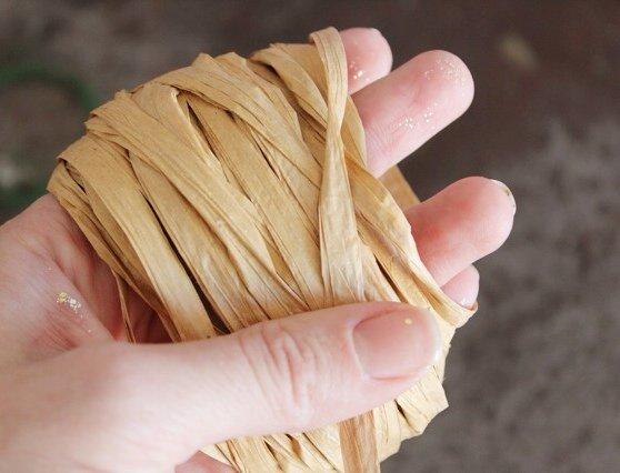 raffia wrapping